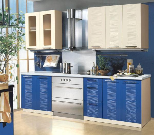 Глянцевая кухня Оля МДФ прямая 1,4 метра ваниль синий
